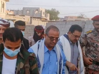 الوزير الزعوري ورئيس تنفيذية انتقالي لحج الشعيبي يؤديان صلاة عيد الفطر مع جموع المصلين بالحوطة